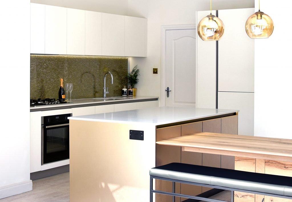 Matt White and Metallic Gold Kitchen with Quartz Worktops